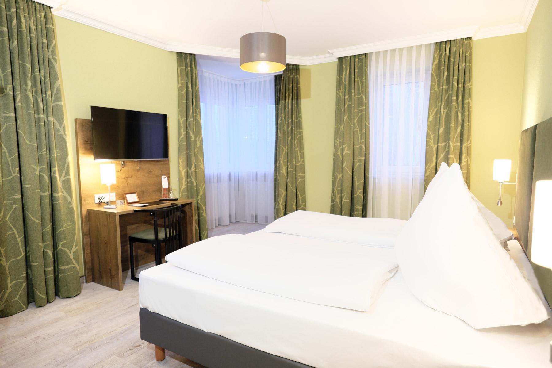 http://www.hotel-roemerstadt.de/wp-content/Lightroom-19.jpg
