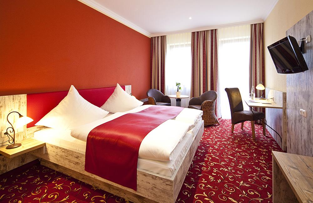 http://www.hotel-roemerstadt.de/wp-content/MG_9831_Superior-Zimmer-im-Hotel-Roemerstadt-Donauwoerther-Strasse-Gersthofen.jpg